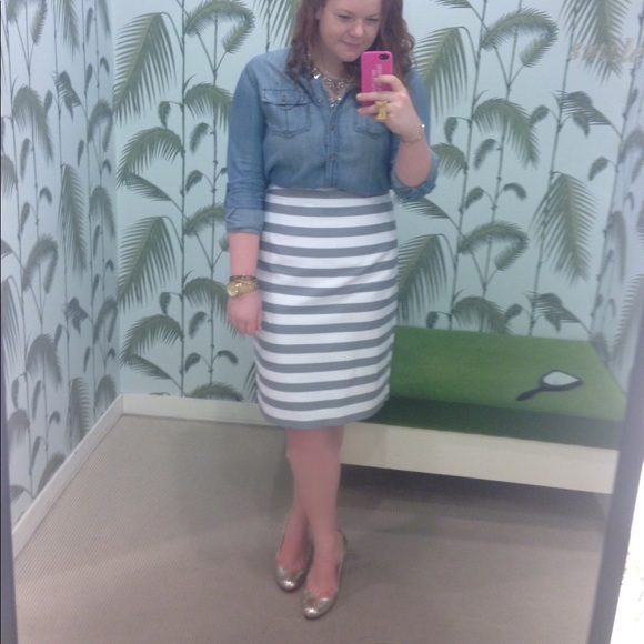 kate spade Dresses & Skirts - kate spade grey and white pencil skirt
